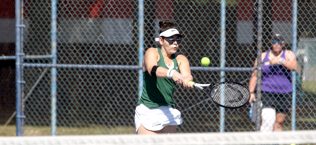 Women's Tennis earns sixth straight victory as Gators beat Alfred, 7-2