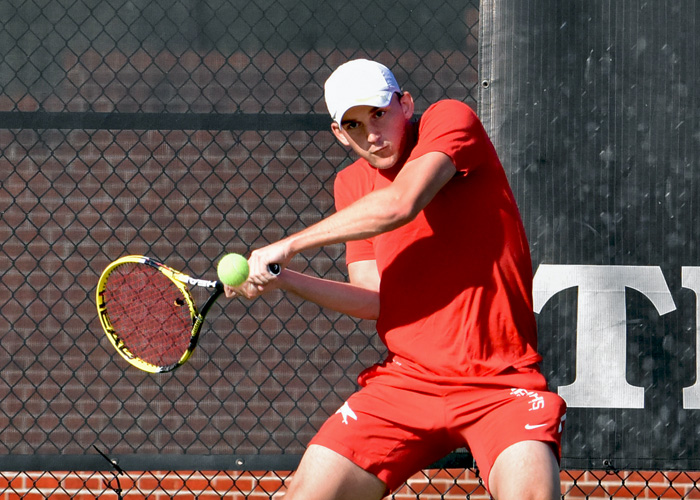 Justin McQueen won at No. 1 doubles and No. 2 singles in Saturday's 9-0 win over Maryville. (Photo by Wesley Lyle)