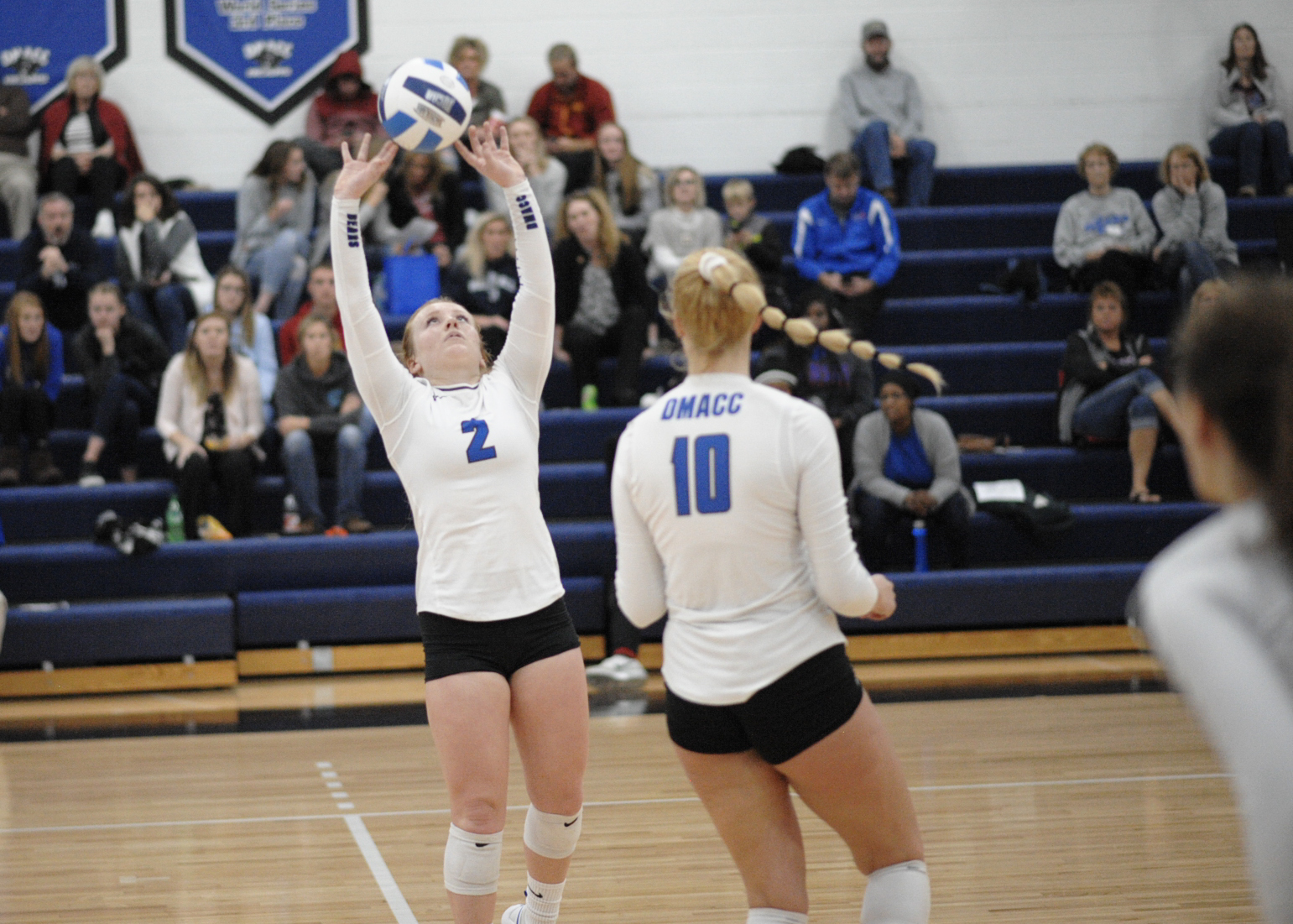 DMACC volleyball team takes three of four at Triton Invite