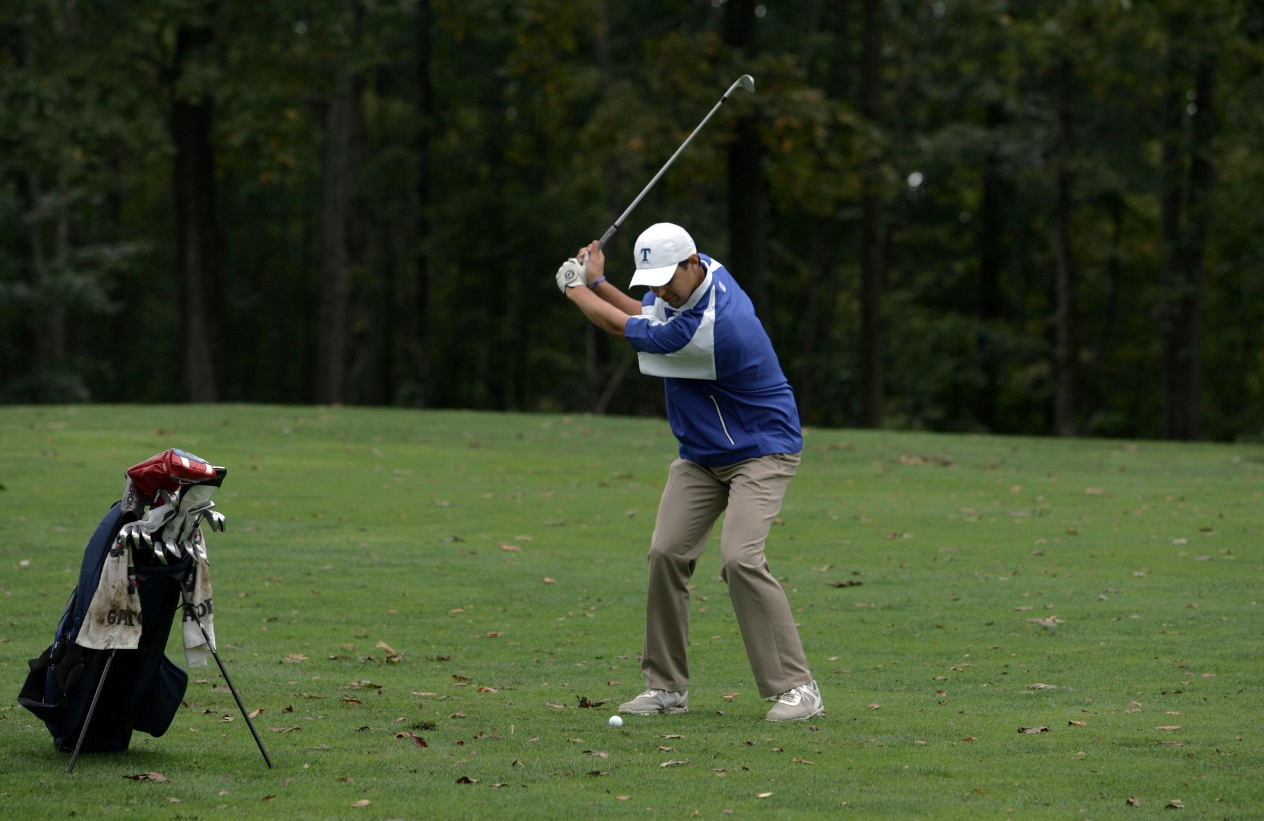 Men's Golf Takes Fifth at Knight Invite