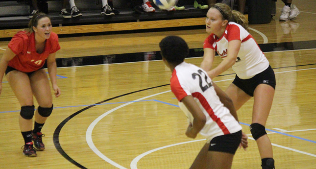 Lynchburg Volleyball Defeats Guilford in Three