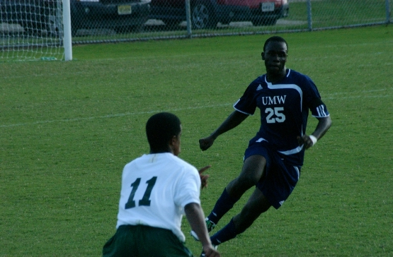UMW's Mensah-Abrampah Named CAC Men's Soccer Co-Player of the Week