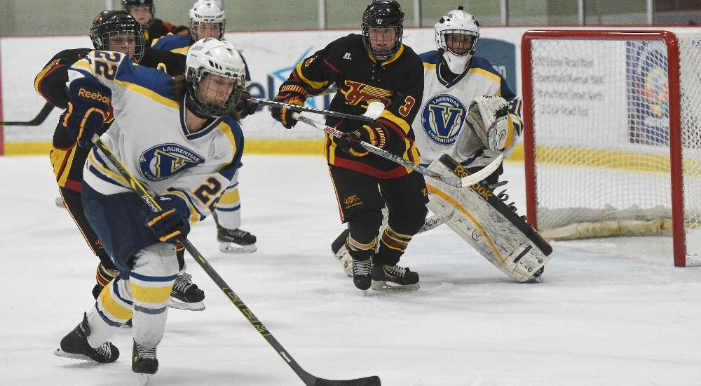 WHKY | Voyageurs Shutout by Varsity Blues