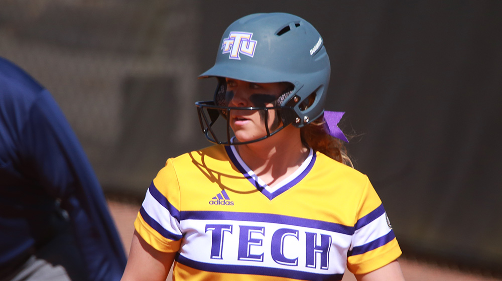 Tech splits Sunday twinbill with SIUE