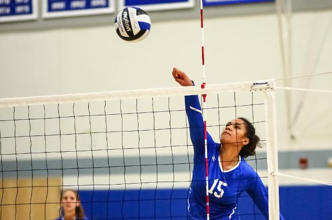 Jasmynne Roberts posted 23 kills in the win over Victor Valley