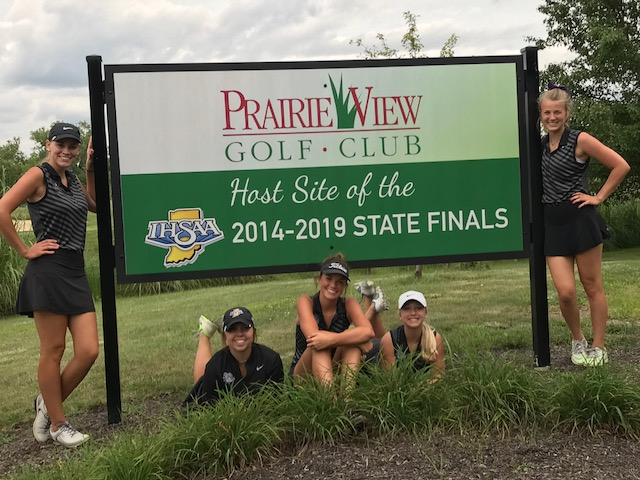 Lady Golfers Compete at State Preview