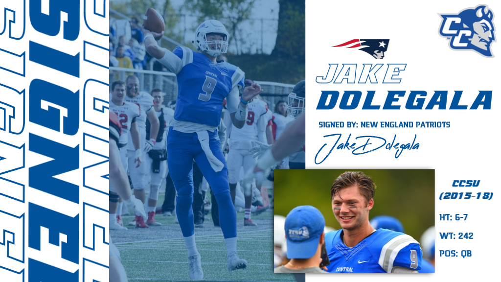 Former Blue Devil Jake Dolegala Signs With New England Patriots