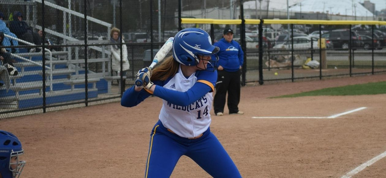 JWU Softball Goes 1-1 at VWU Beach Blast