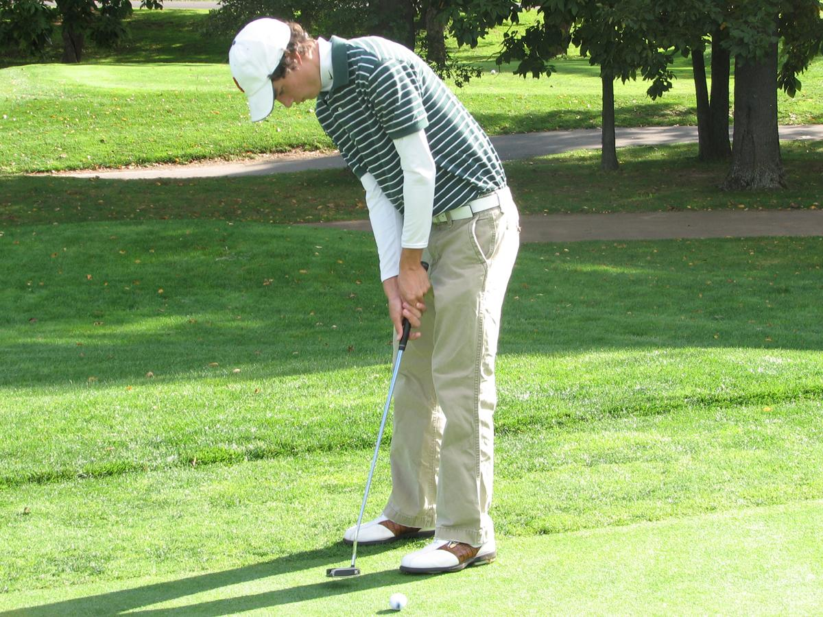 Men's Golf in Seventh After Day One of the Connecticut Cup