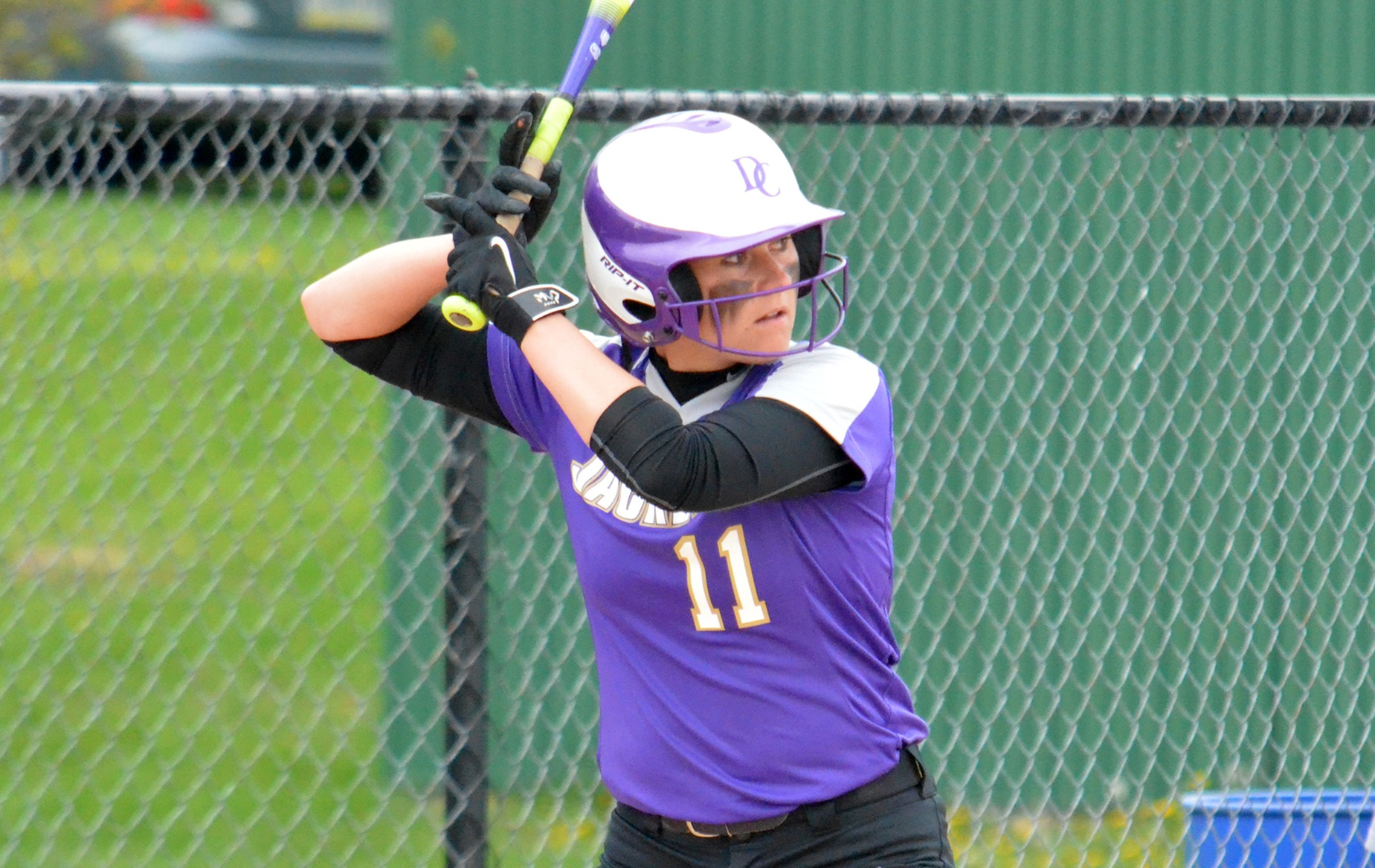 Softball Earns Pair of Road Wins
