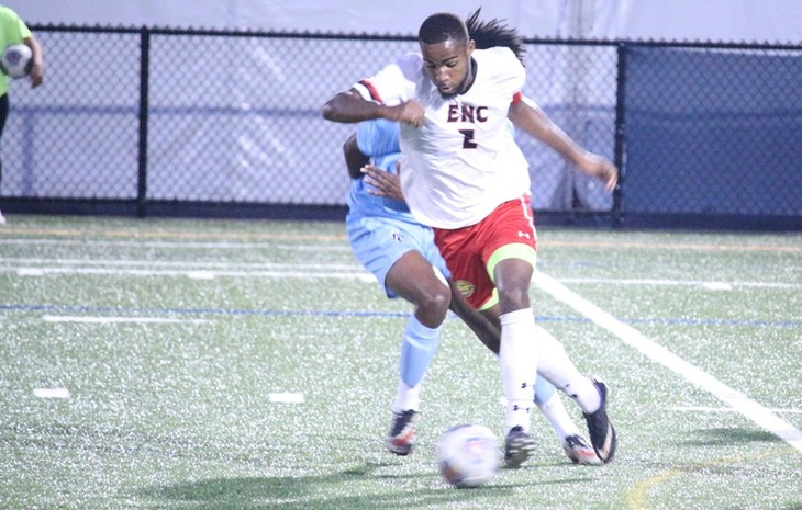 Men's Soccer Battles Past Pine Manor, Earns 11th-Consecutive Win