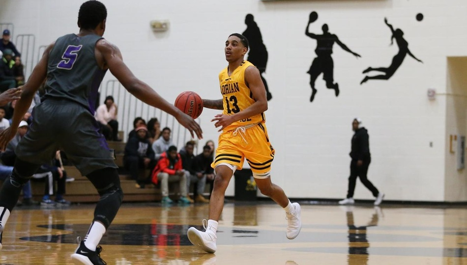 Men's Basketball Returns to Winning Ways