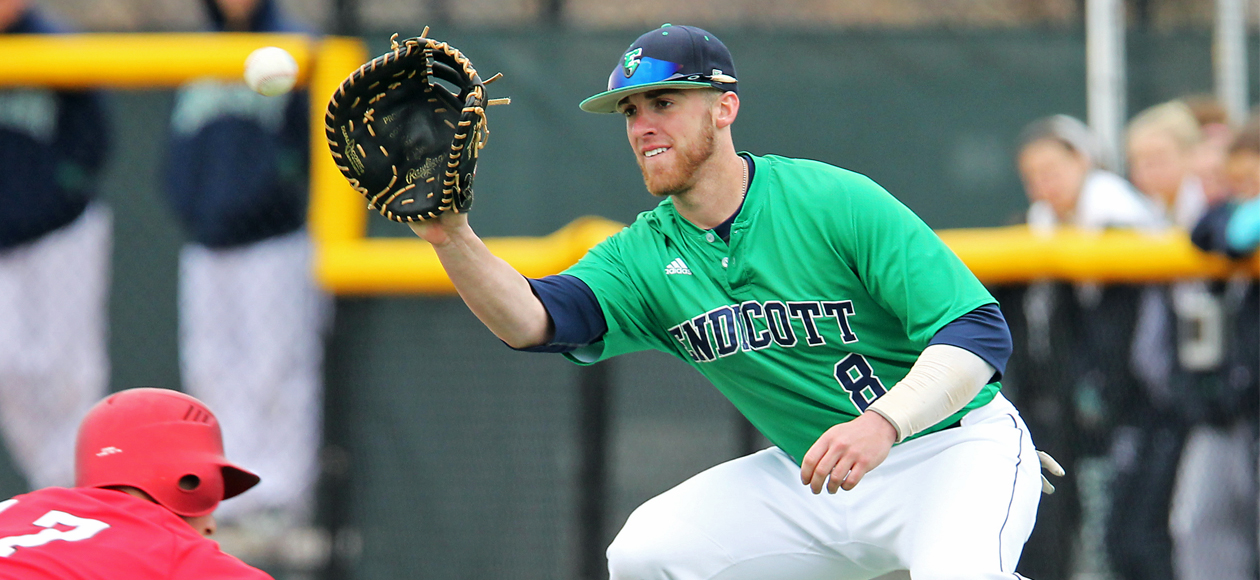 ABCA Names Gold All-American, Holmgren Gold Glover at First Base