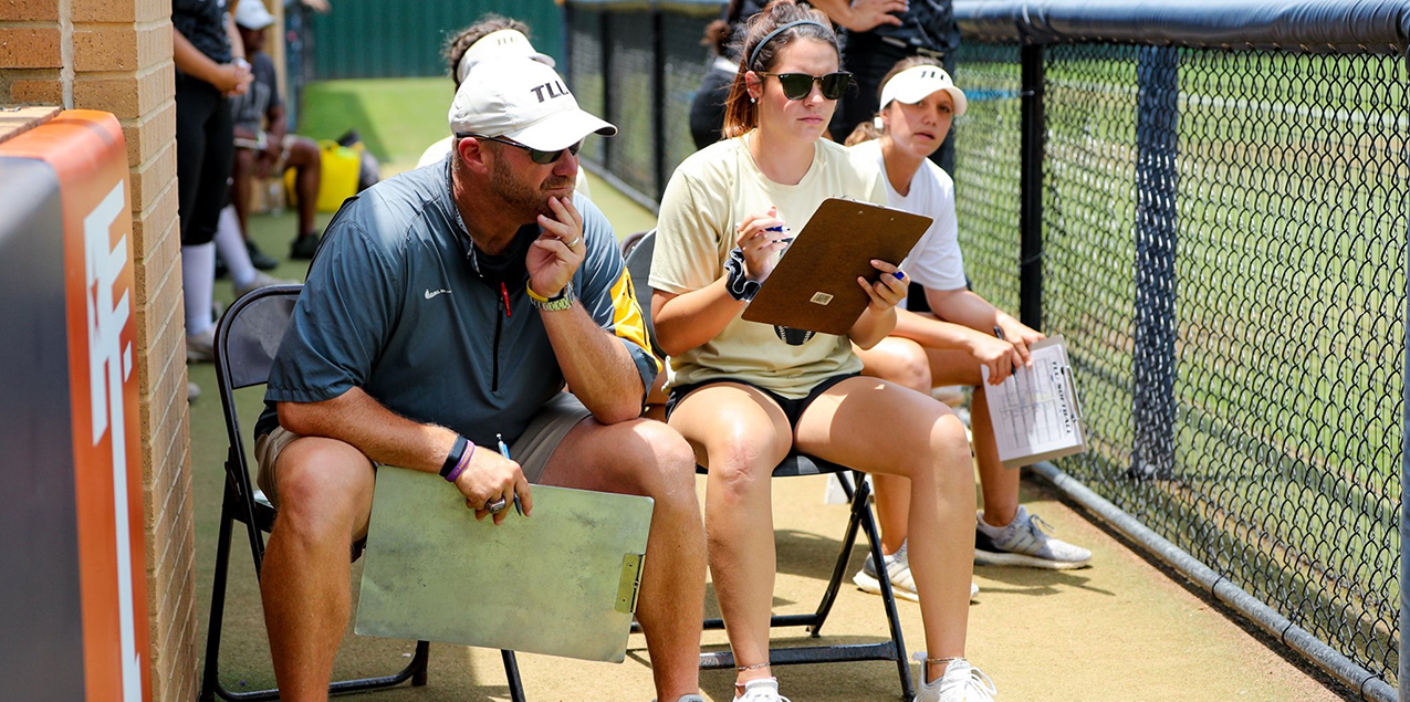 TLU Softball coaching staff named NFCA DIII National Coaching Staff of the Year