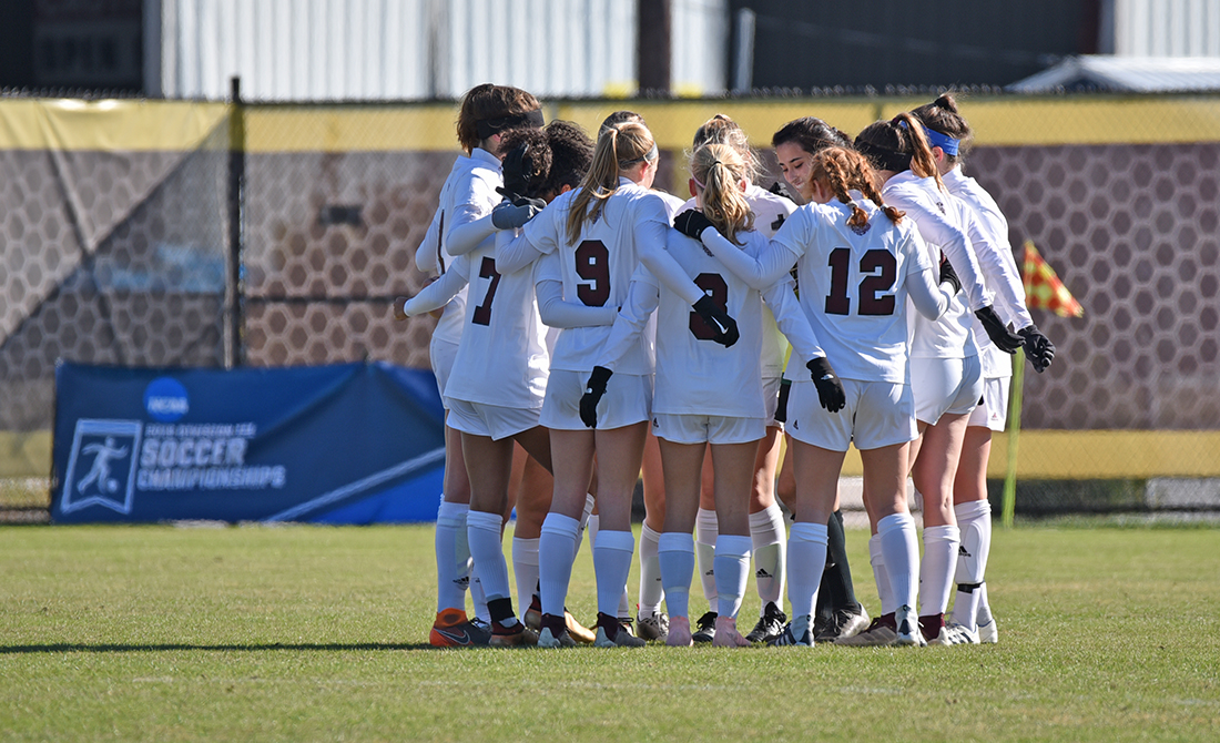 UChicago Women's Soccer Falls to Grove City, 2-1, in NCAA First Round