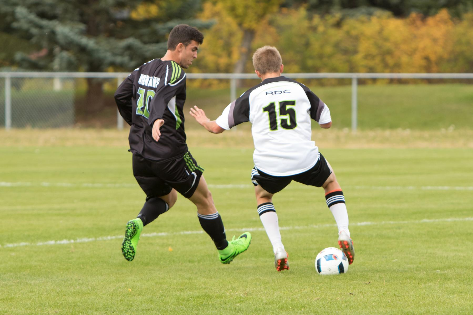 Defender Tanner Steenbergen (15) played the full 90 minutes in Lethbridge on Saturday. Photo - Tony Hansen