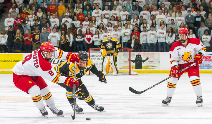 Key Third Period Goal Leads Michigan Tech To 2-1 Win Over #7 FSU Before Sellout Crowd