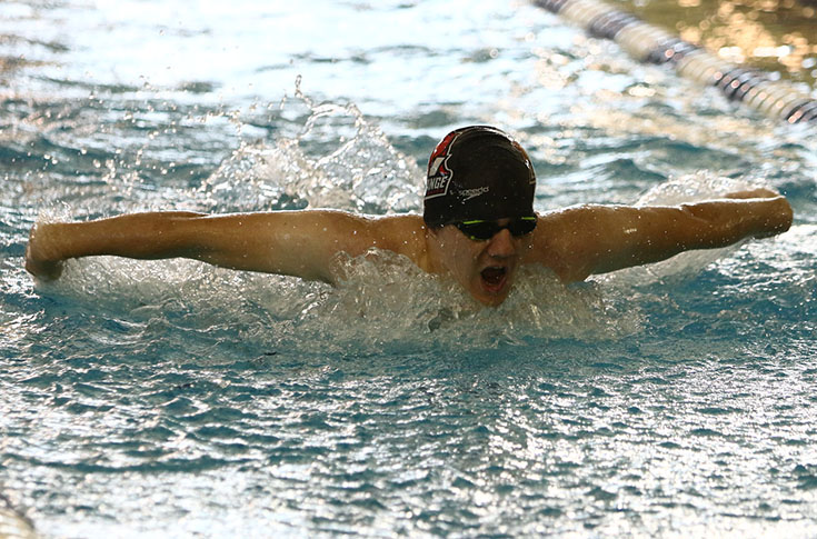 Swimming: Short-handed LC teams sweep Warren Wilson