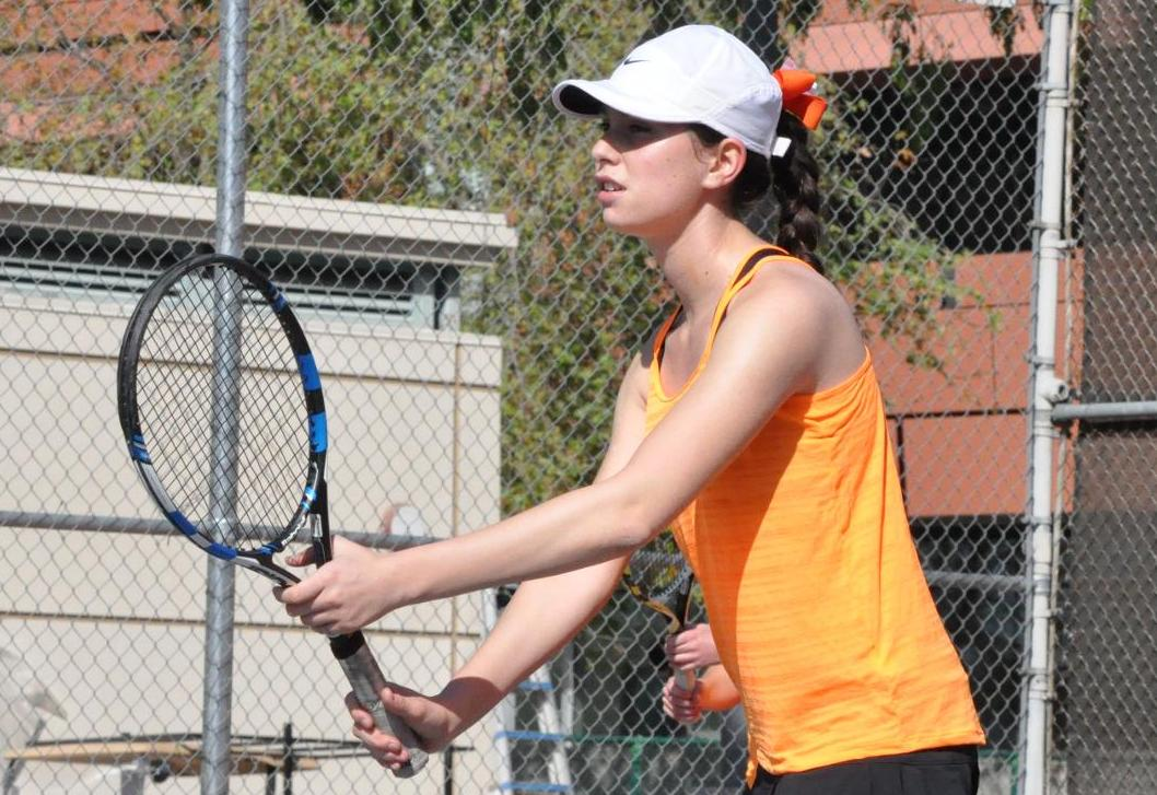 Women's Tennis Wins Fourth Straight at Texas Lutheran