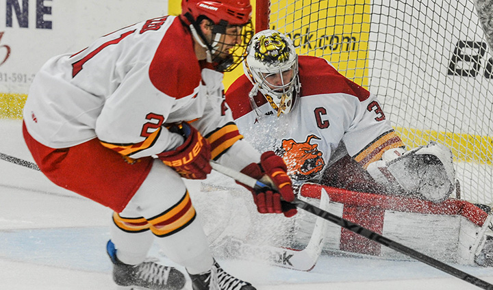#14 Ferris State Hockey Registers Road Victory As Motte Shuts Out Michigan State