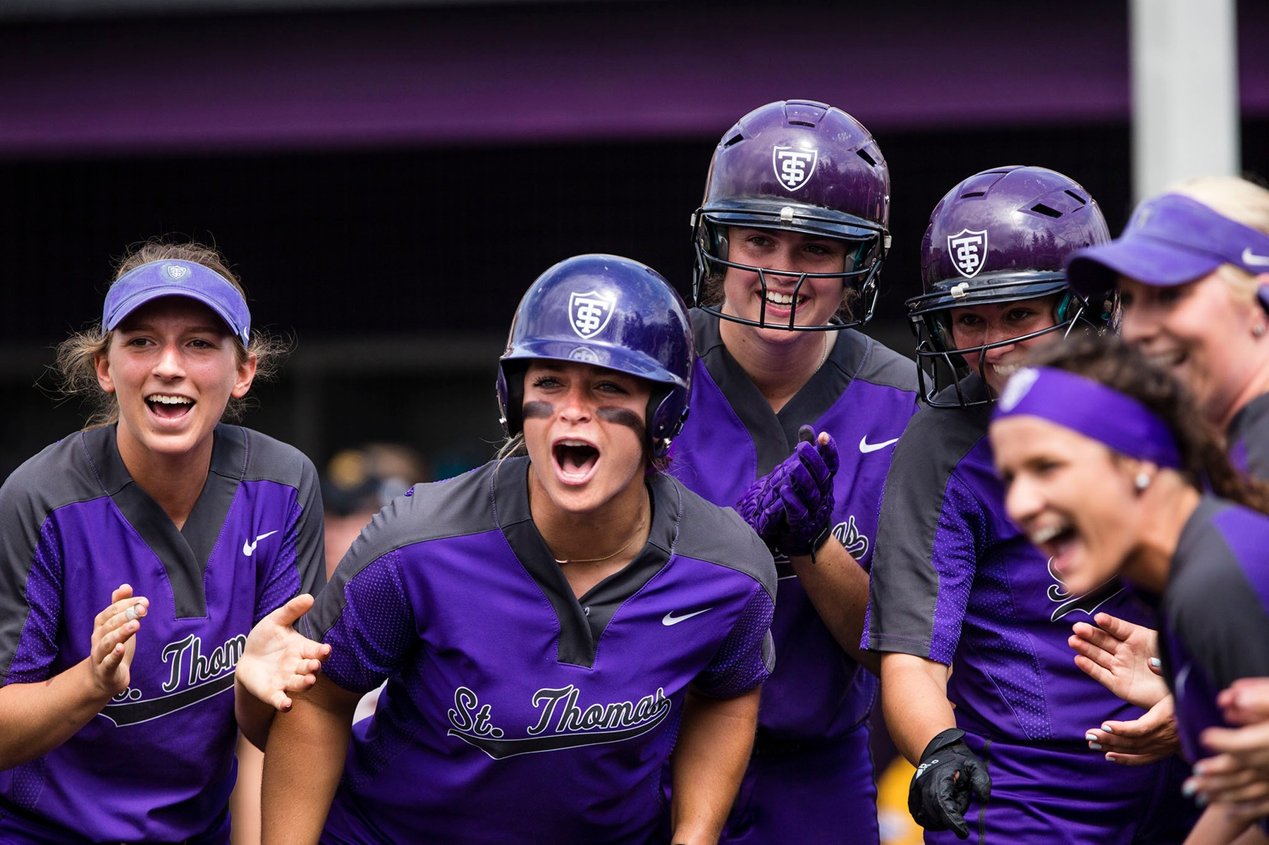 Softball keeps rolling, on to Sunday finals