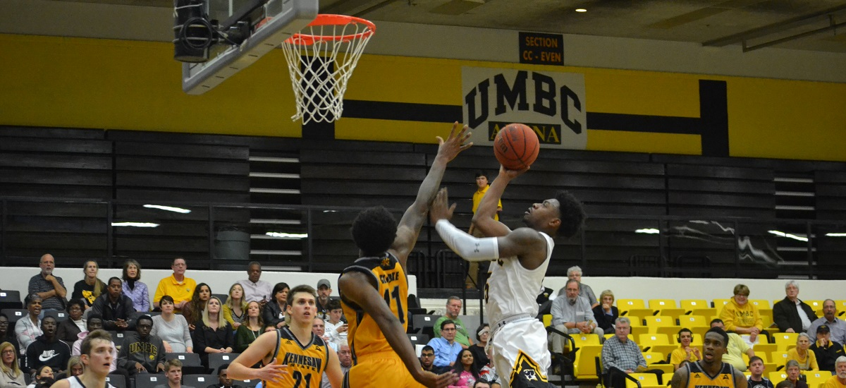 Men's Basketball Improves to 4-0 With Explosive Second Half, Outlasts Kennesaw, 93-85