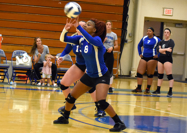 Lakeland swept by Lorain County on the road, 3-0