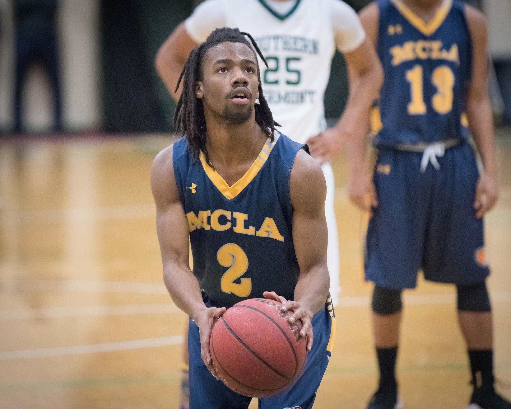 Men's Basketball clamps down on Framingham State to earn 58-40 road win