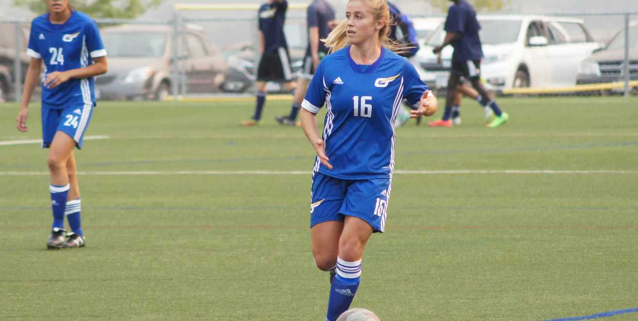 PREVIEW: Women's soccer kicks off with long road trip