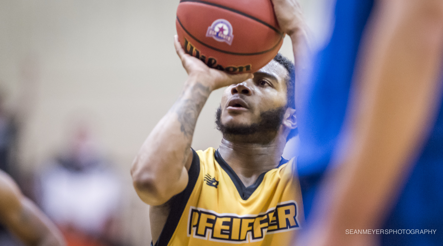 Men's Basketball Erases 18 Point Deficit in Comeback Victory