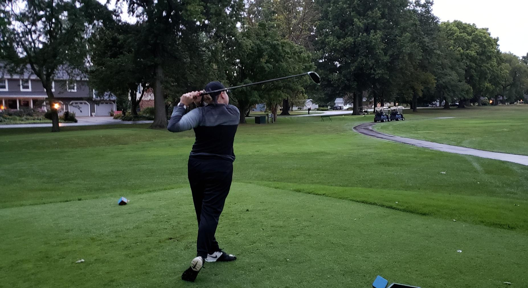 Women's Golf Battle Wind and Rain- Sit Tied for Third After First Round of Season Opener