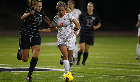 Soccer Dominates Second Half to Beat Willamette 3-1