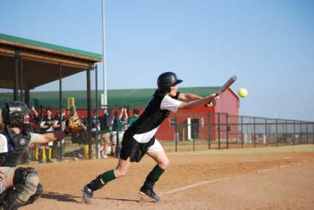 Sage Softball Falls To Castleton