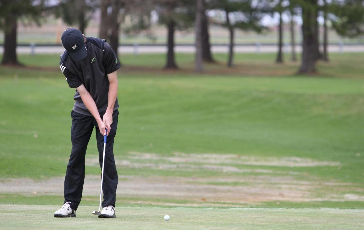 Men's Golf Takes Fourth at Newbury Kickoff Tournament