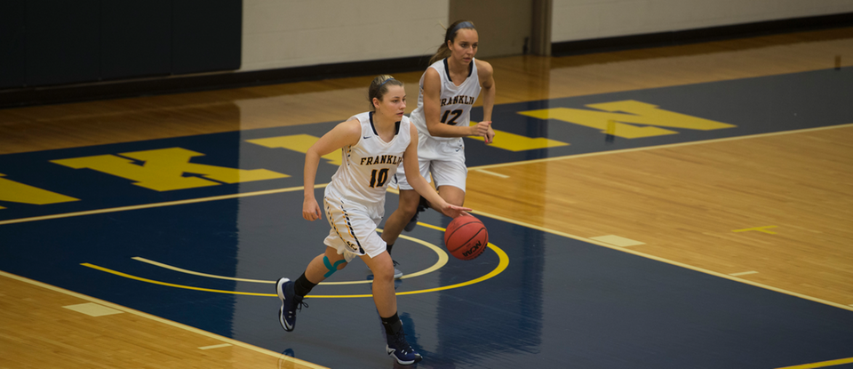 Women's basketball tops Defiance in first conference game of season