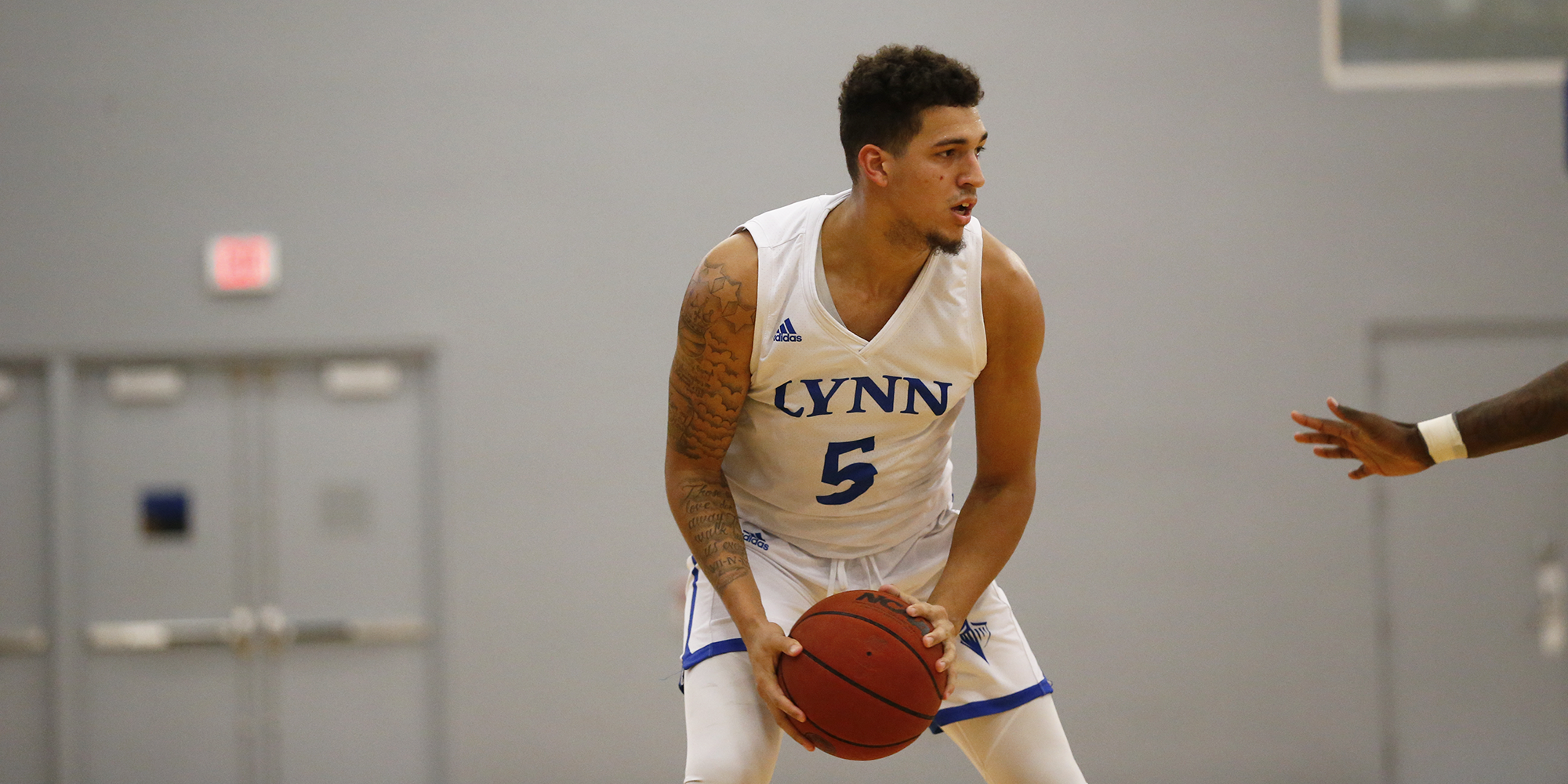 Baez Drops 38, Moore Drills Another Game-Winner in No. 12 Men's Basketball's Overtime Redemption