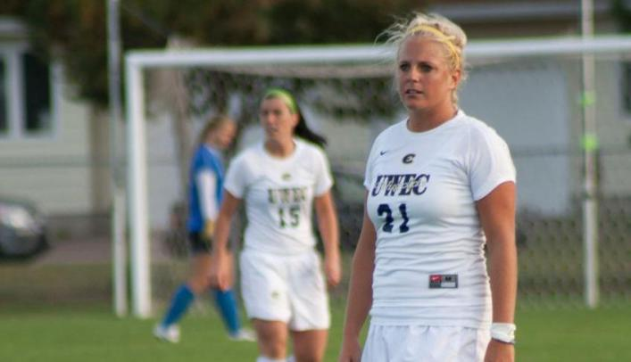 Two Quick Goals Enough in Soccer's Win over Norse