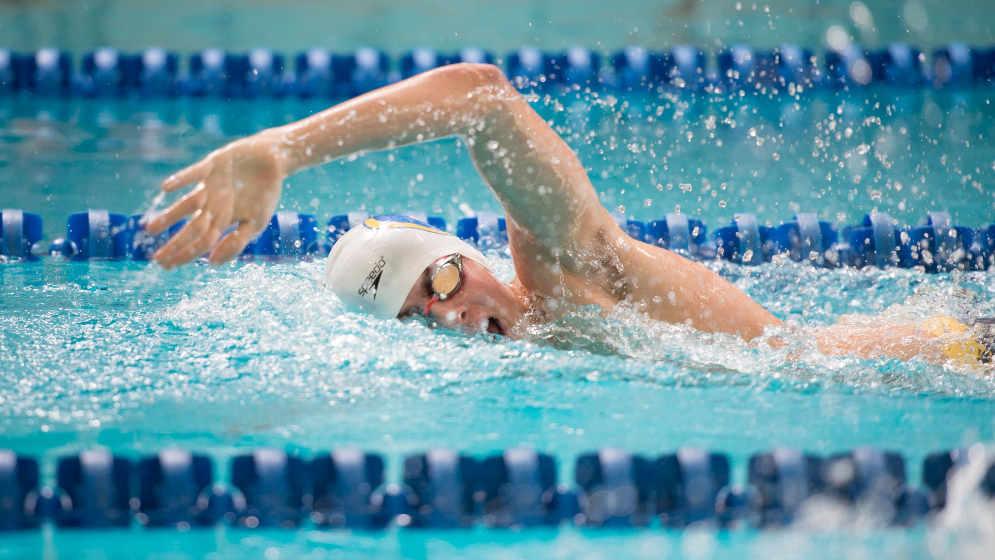 Swim and Dive defeats Luther, sets three pool records