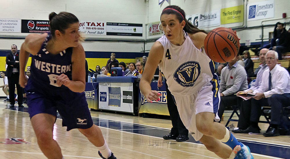 WBB | Gee-Gees Run Away From Voyageurs