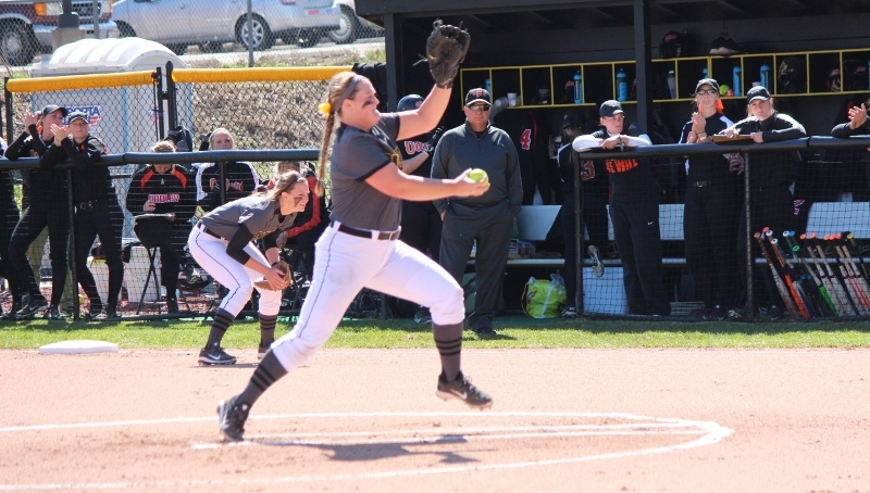 Softball Splits At Bellarmine, Earns 10-6 Victory In Game Two Sunday