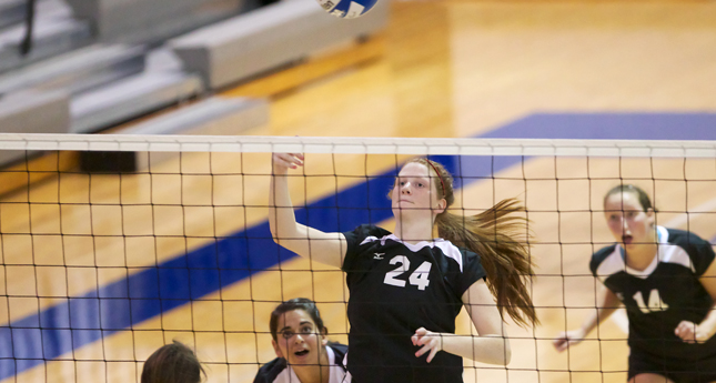 LC Volleyball Upsets #1 R-MC in Semifinals