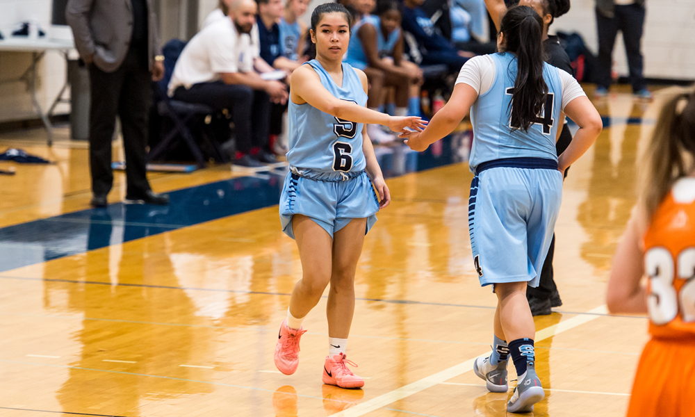 Women's basketball picks up wire-to-wire victory over Mohawk