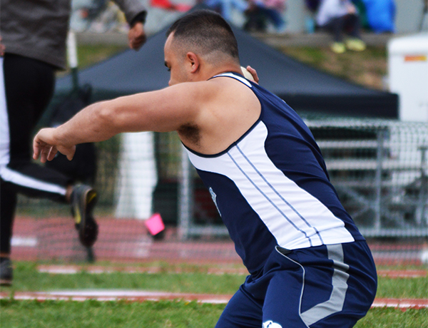 Blue Jays Place Third In SLIAC Invitational