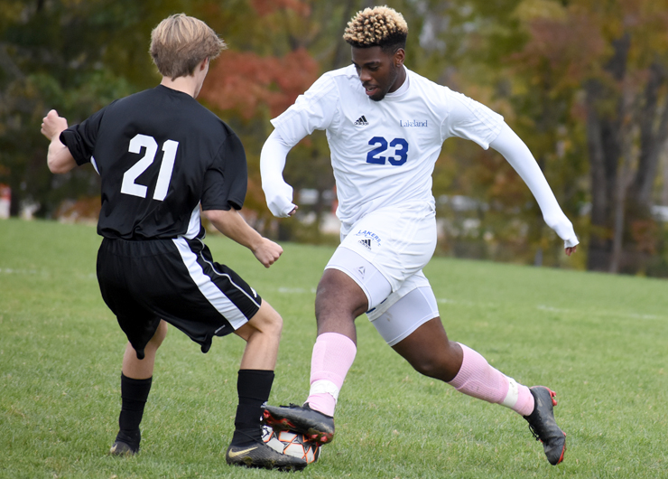 Penalty kick from Gooding-Meade helps Lakeland beat Lake Michigan in quarterfinals, 3-2