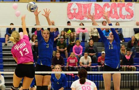 Women's Volleyball Win Streak Ends at 24 as Continentals Take Down Wildcats, 3-1