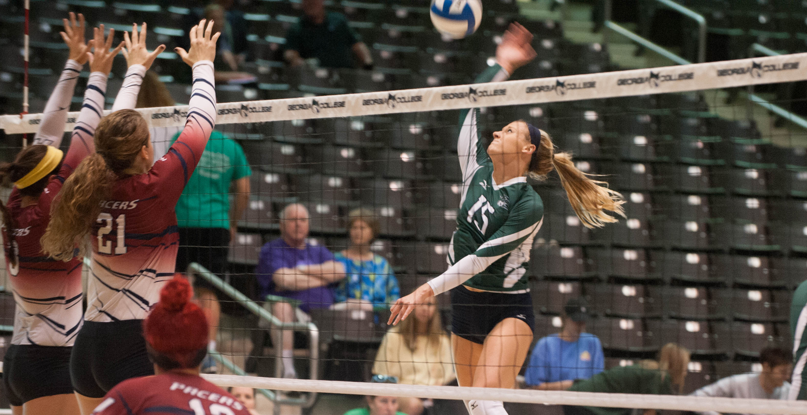 GC Volleyball Takes Thriller, Sweep in Doubleheader Action on the Road