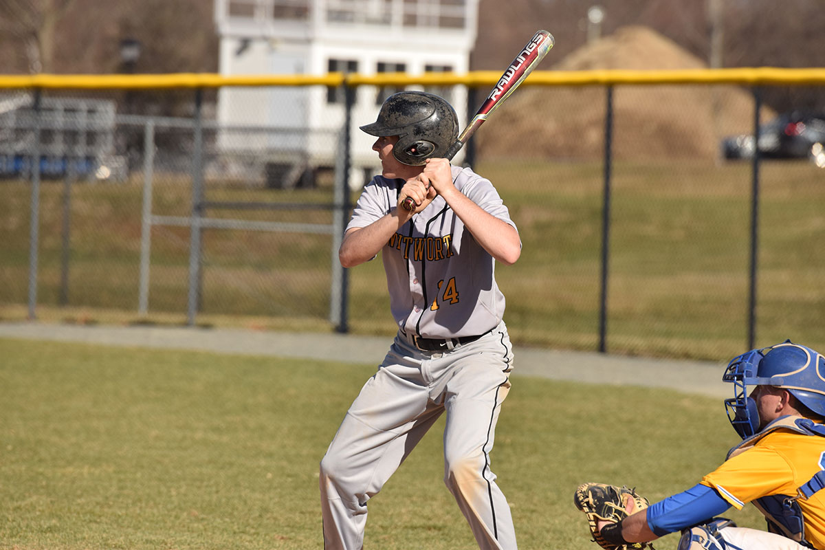 Baseball Cracks Into Win Column With Sweep of SUNY Poly