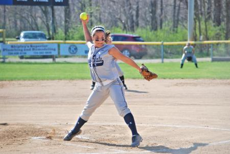 Roaring Lions Fall to Carlow in Doubleheader