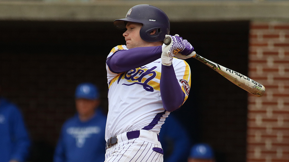 Golden Eagles fall at Southeast Missouri in series finale