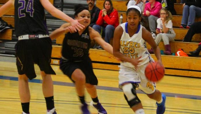 Caver Leads Lady Pioneers Past Hilbert